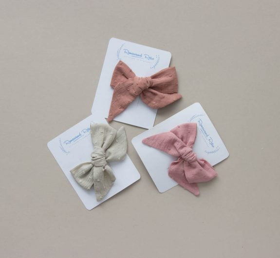 naturally dyed bows