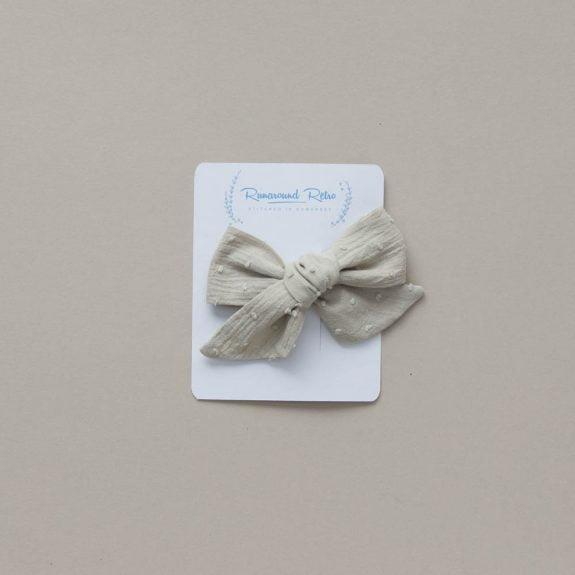 nettle hair bow
